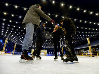 Ice skating rink now open in Boulder