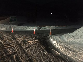 Spin-off accidents close I-70 near Vail