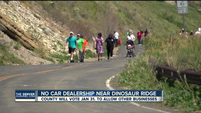 No car dealership near Dinosaur Ridge