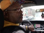 Cab driver doesn't realize Elway's in back seat