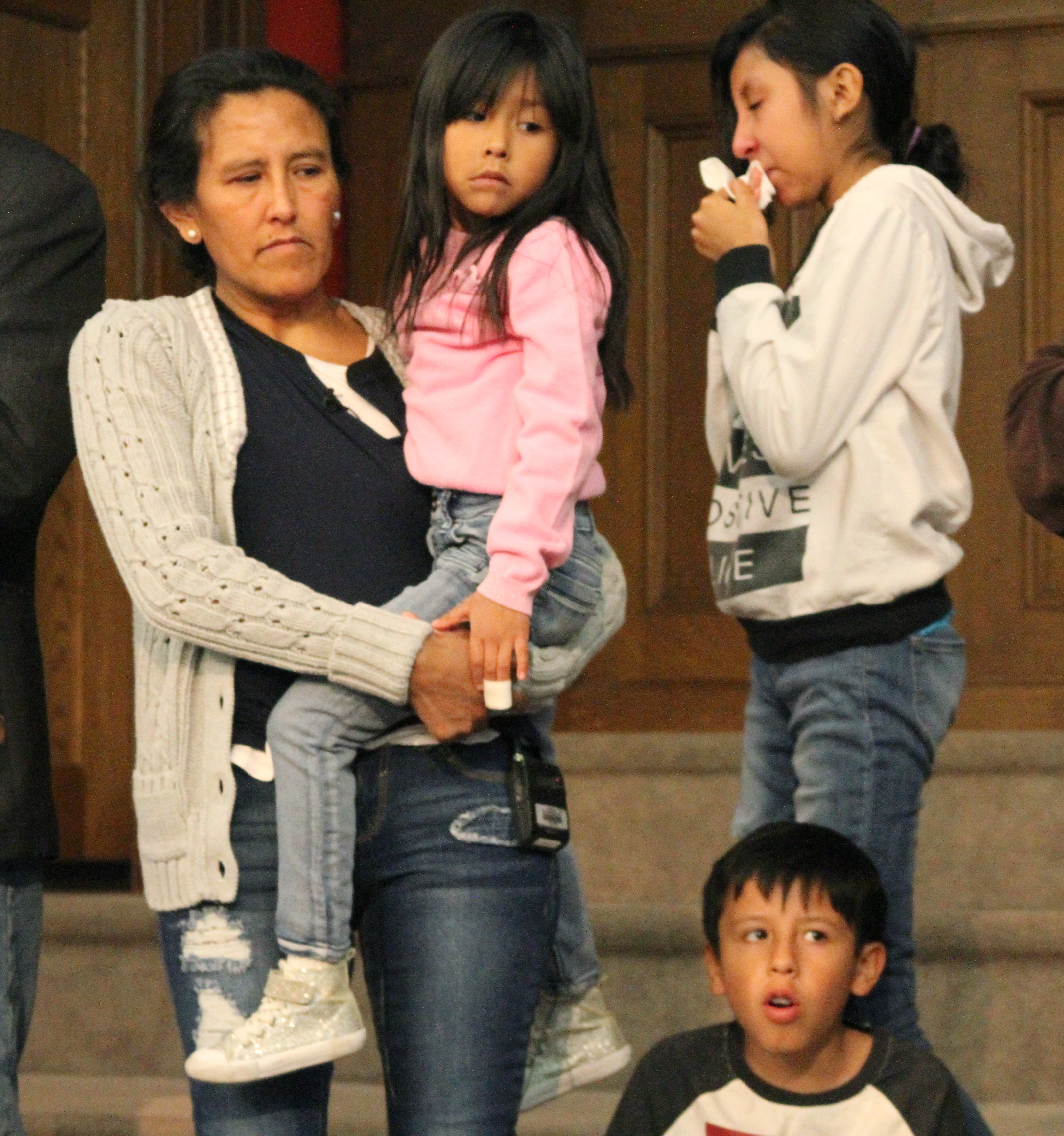 Undocumented mother of 3 US citizens on deportation fight ...