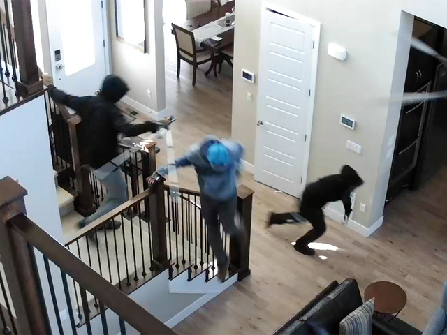 VIDEO- Would-be burglars spooked by loud alarm