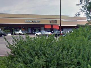 Clerk, armed robbery suspect exchange gunfire