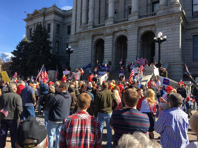Hundreds gather downtown for 'March 4 Trump' rally
