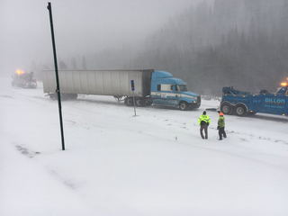 Bad weather causes multiple crashes around Colo.