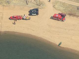 Canoe capsizes on Lake Wellington, man missing