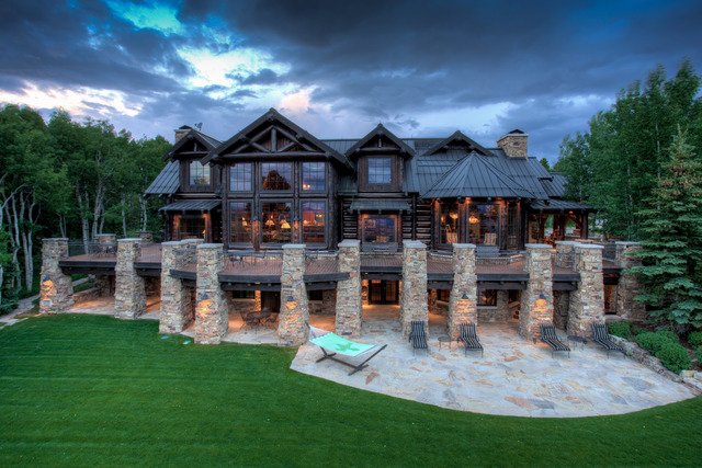 Live in luxury country style with this 39 8m ranch near for Dream homes colorado