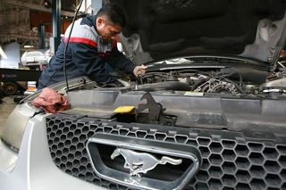 Denver auto industry looking for more techs