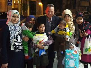 Loveland pastor providing relief to refugees