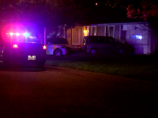 2 found dead in Centennial home, deputies say