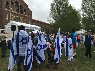 Community groups Walk for Israel in Denver
