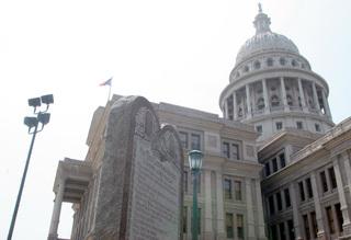 Protest sparks Texas lawmaker's gun threat