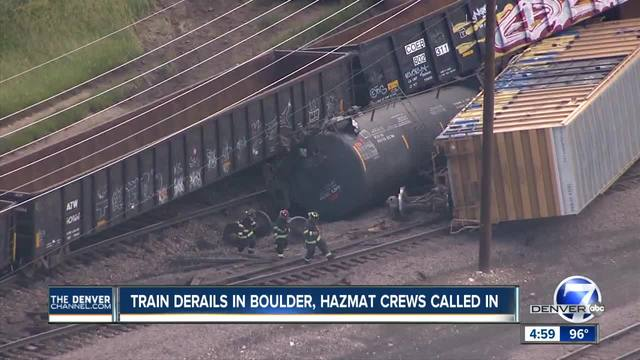 Train derails near Arapahoe Avenue in Boulder- spilling plastic beads-…
