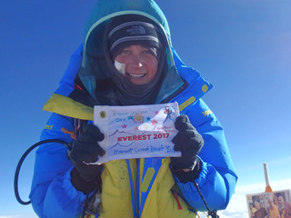 Colorado woman conquers Mount Everest