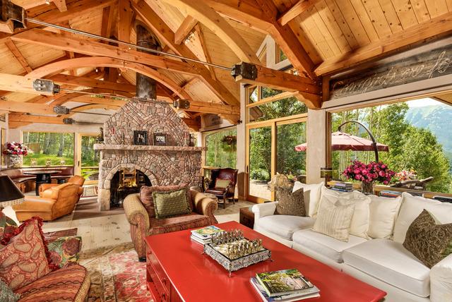 Melanie griffith selling aspen home for 6 4 million for Celebrity homes in aspen