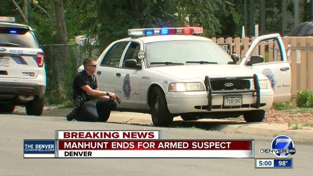 Denver Police snag wanted juvenile after neighborhood search