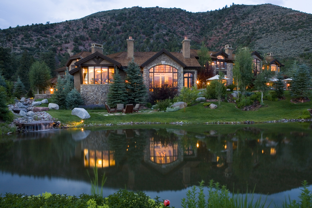 Colorado dream homes luxury mountain getaway in woody for Mountain dream homes
