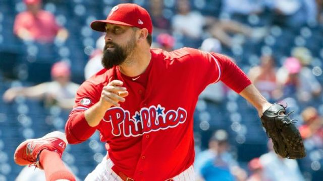 Rockies acquire RHP Pat Neshek from Phillies