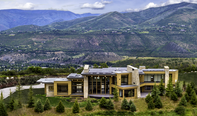 Colorado Dream Homes Newly Built 22m Aspen Home Boasts