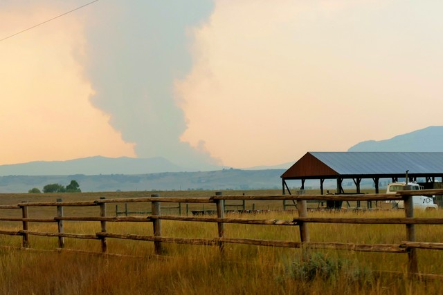 Fire near Steamboat Springs is 0% contained, burning more than 2000 acres
