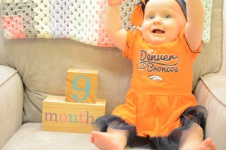 See photos from fans ahead of Broncos' on MNF