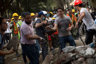 Photos: Recovery continues after Mexico quake