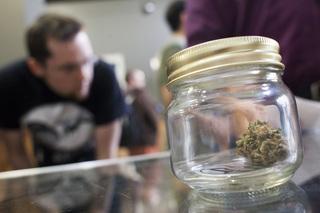 Longmont lifts ban on retail pot shops