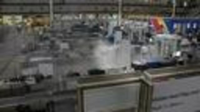 Vaping device cause of fire that had passengers- TSA agents running at DIA