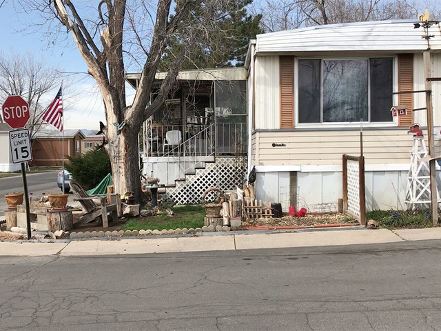 Friendly Village Of The Rockies Mobile Home Park