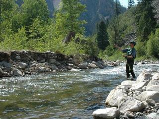 Colorado seeks higher hunting, fishing fees
