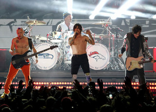 Red Hot Chili Peppers postpone Denver concert
