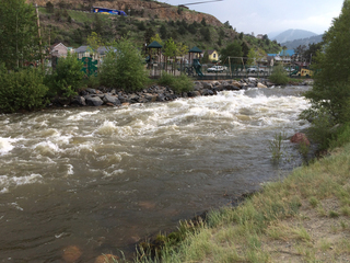 Golden PD: Man drowns swimming in Clear Creek
