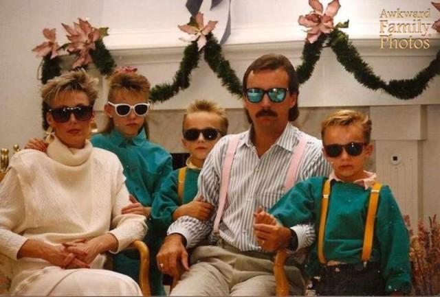 awkward family photos - Awkward Christmas Family Photos