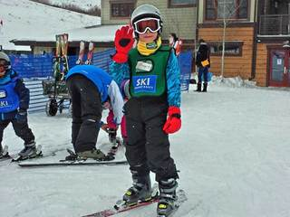 Debbie's Deals: Learn to ski, snowboard deals