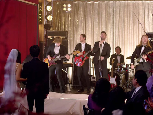 Couples are thrilled when maroon 5 crashes weddings for for Maroon 5 wedding video
