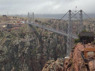 Man jumps to his death from Royal Gorge Bridge