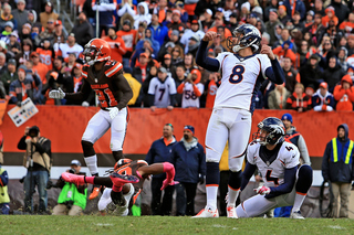 Broncos sign kicker McManus to four-year deal