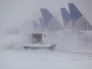 852 flights canceled at DIA due to spring storm