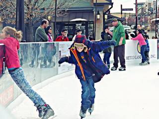 5 best ice skating rinks to go to in Denver