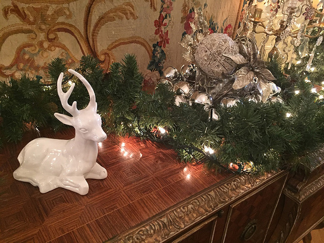 colorful colorado 2015 holiday decorations tint the rooms at colorado governor mansion - Mansion Christmas Decorations