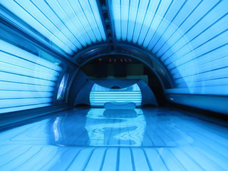 Study: Indoor tanning linked to substance abuse