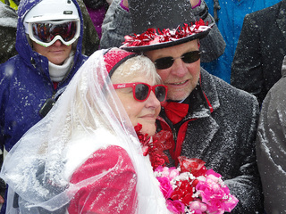 Hitched: Dozens show up at Loveland Ski Area