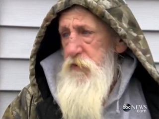 Woman wins $200 lotto ticket, helps homeless man
