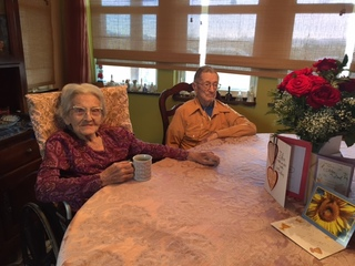 Couple married in 1939 celebrates anniversary