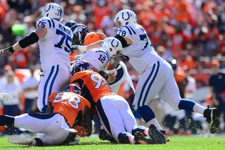 Broncos lose Ware in win to broken right forearm