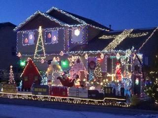 Christmas decorations hit shelves: time to buy?