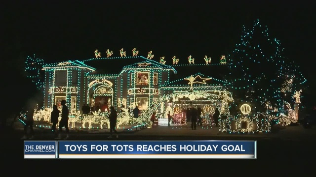 a legendary christmas light display on tincup circle will end after this year but the homeowners hope the houses new buyers will continue the tradition