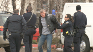 Suspect arrested after police surround RTD bus