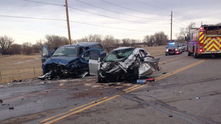 1 dead in head-on crash in Boulder Co.