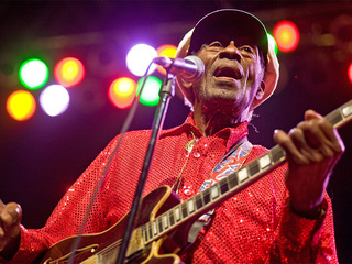Chuck Berry, rock 'n' roll legend, dies at 90